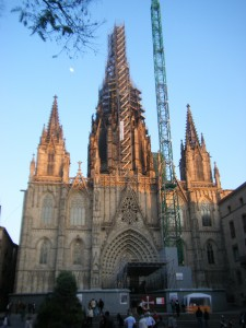 The Barcelona Cathedral at dusk